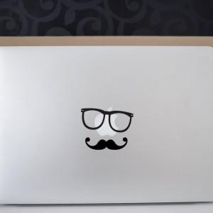 moustache_laptop